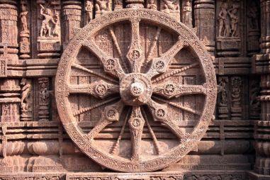 Konark-sun-temple-wheel-5b7b01d3c9e77c0050d37375